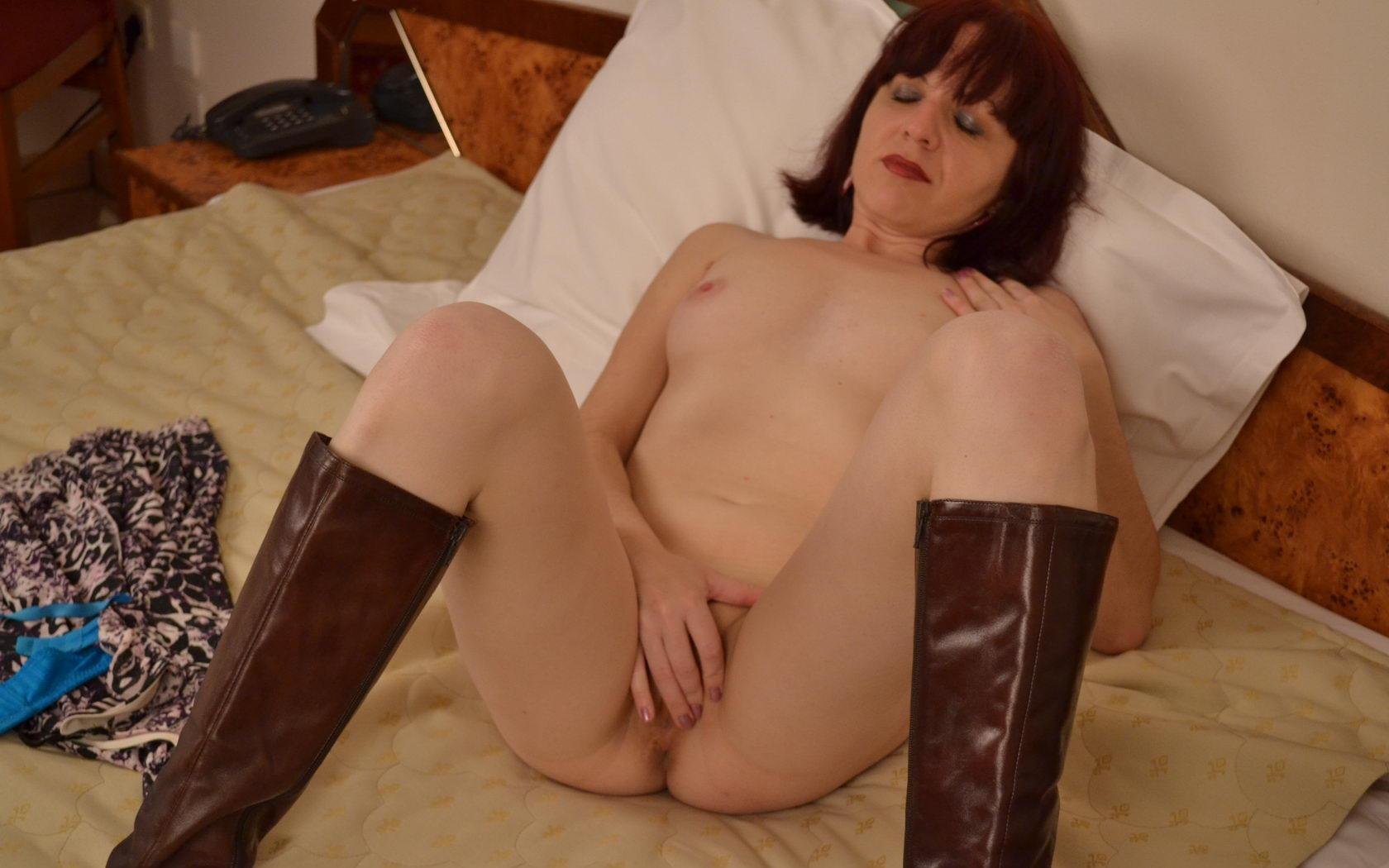 horny granny enjoys is very wet and lonely tonight