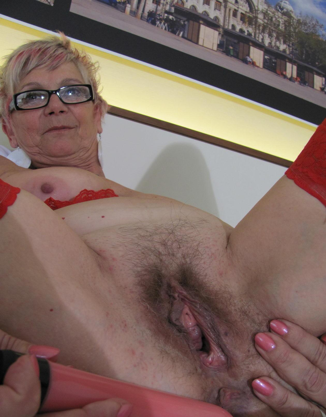 grandmother i love to fuck gladly accepts offers to take it