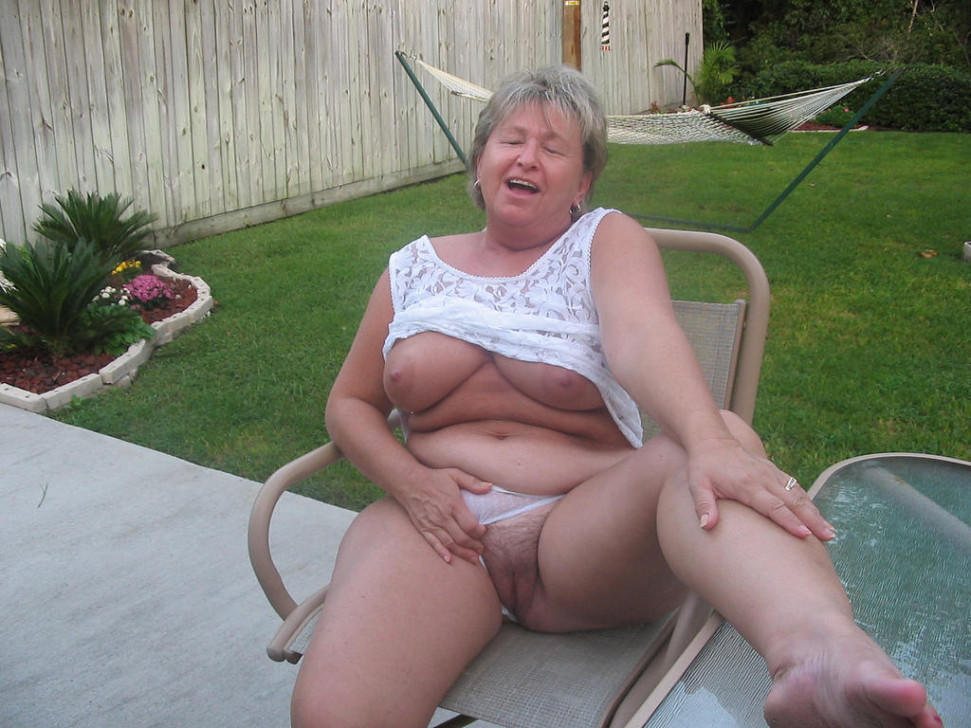 anal addicted granny enjoys to practise very hard