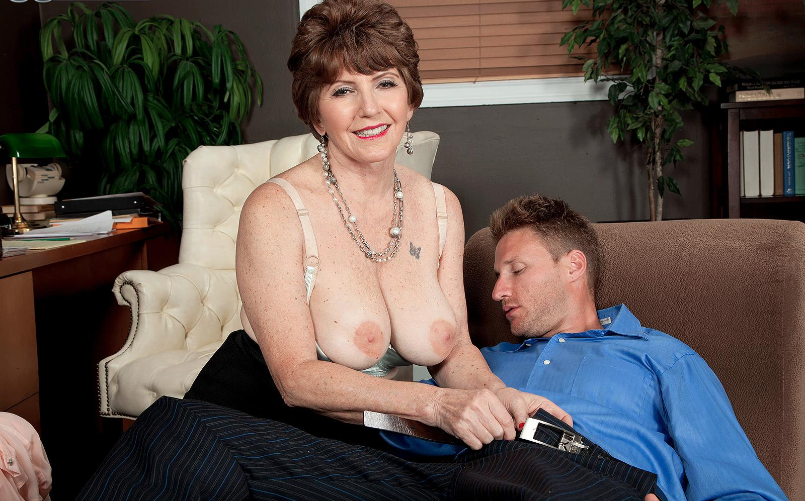 Andrea a lustfull granny offering her old holes for young to dump cum inside