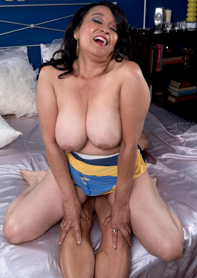 a divorced granny loves if someone squeezes her old nipples hard