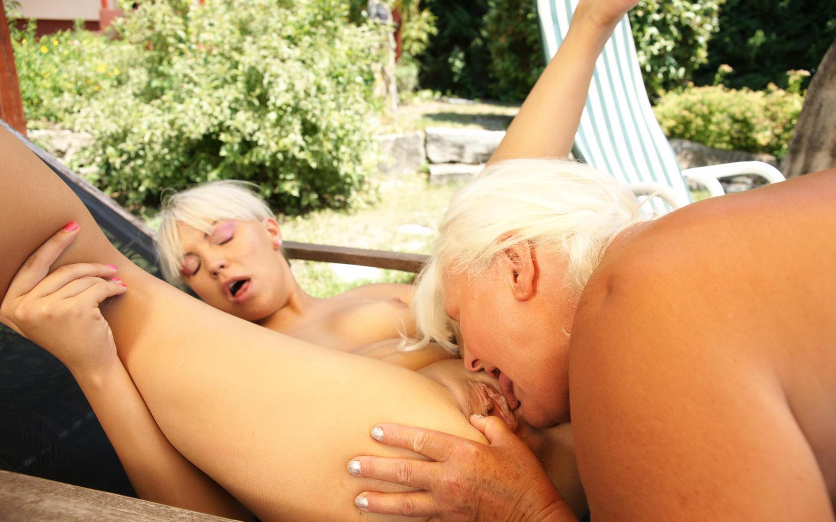 Tara a lusty granny sucking a guy that could be her sun