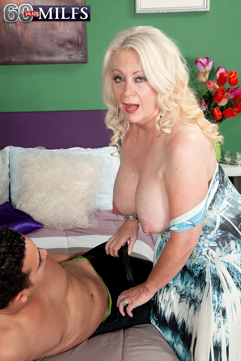 granny widdow regulary has daydreams introducing a young guy in sex