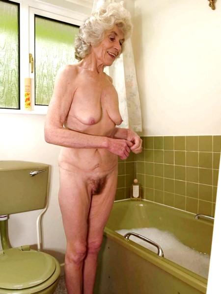 фото голых красивых старых женщин
