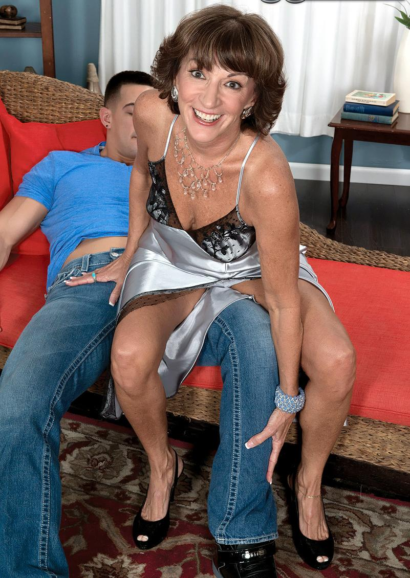 pic ofAlondra teasing a young guy with her old cute skinny body