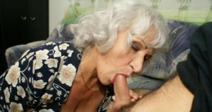 Shayna a 74 old rotten COCKSUCKING GRANNIES enjoys a blowjob in the afternoon