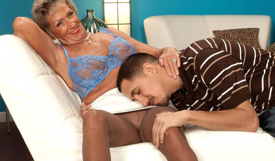 Madelyn an old tainted SEDUCING GRANNY wearing some sweet nylons today
