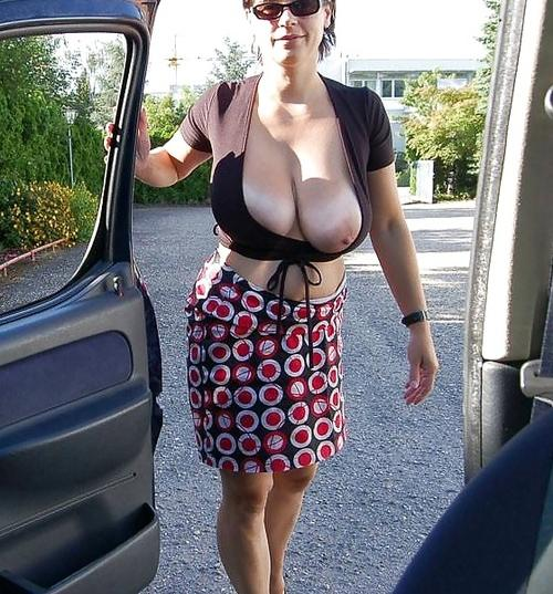 Vanessa a 55 old perverse COCKSUCKING GRANNIES gets invited for a free blowjob in the car