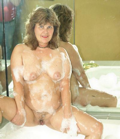 Sasha a 1 old suversive HOMEMADE GRANNY masturbating in the bathroom