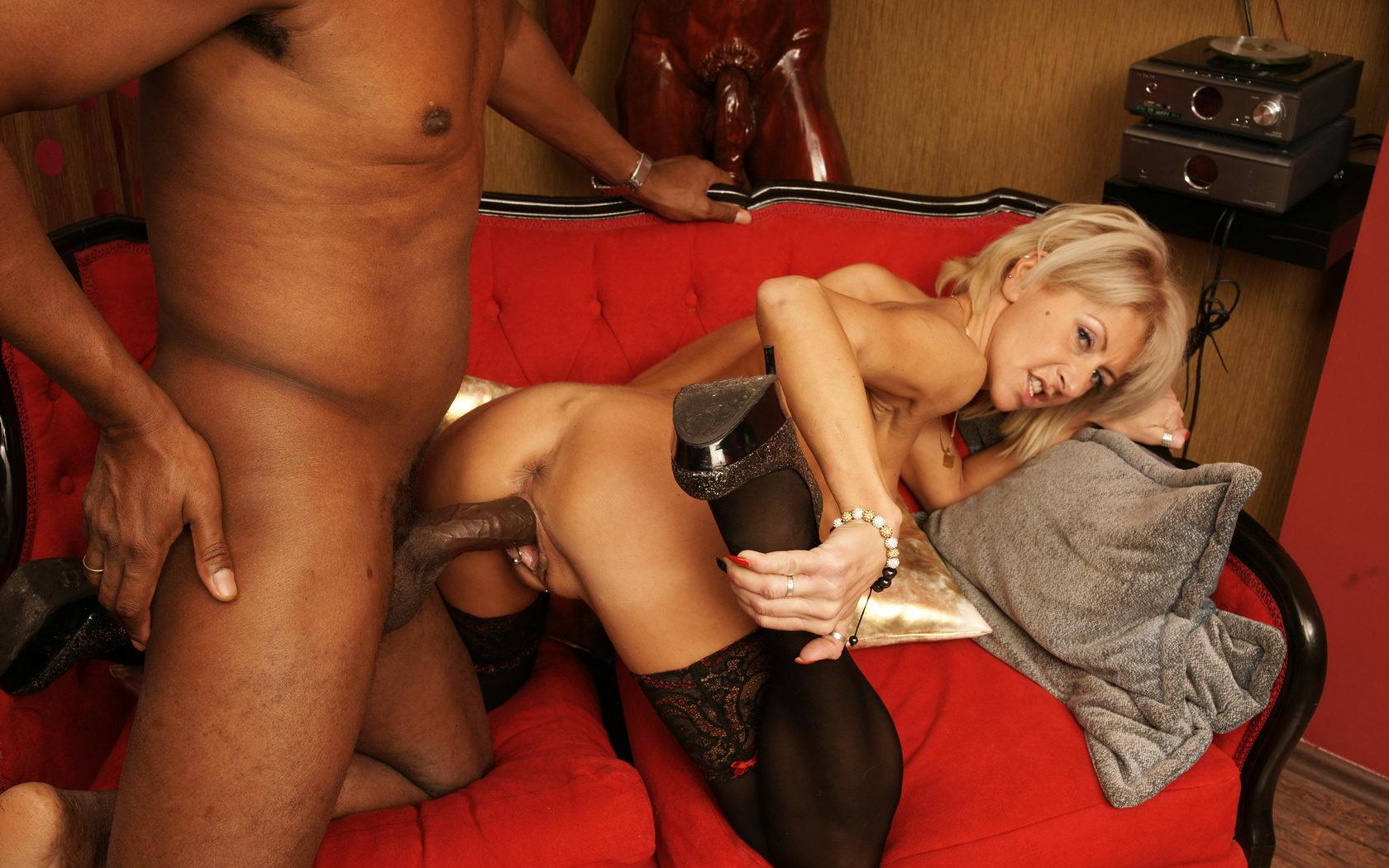 Kaitlyn a 57 old kind-hearted FUCKED GRANDMOTHER a sexy mature mom doggystyle hard  by her  black  lover