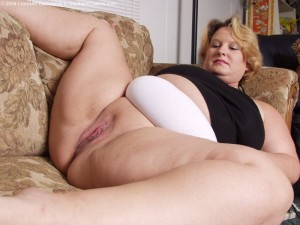 Annie a 68 old wicked BBW GRANNY lazy when fucking