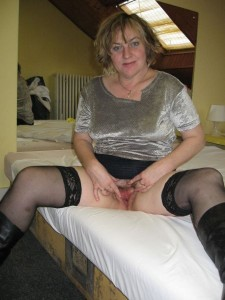 Paula a 62 old adorable FLASHING GRANNY opens her lips for a good view