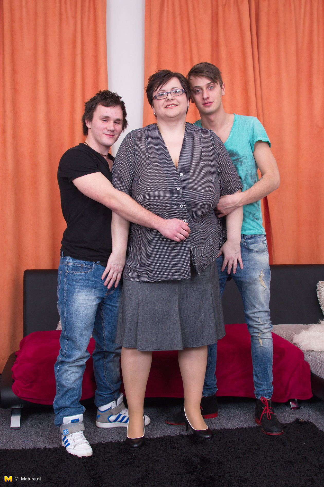 ugly bbw granny got gangbanged by two 20 years old unexperienced horny dudes
