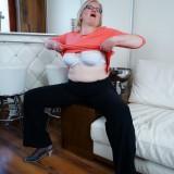 bbw granny spreading #2_thumb