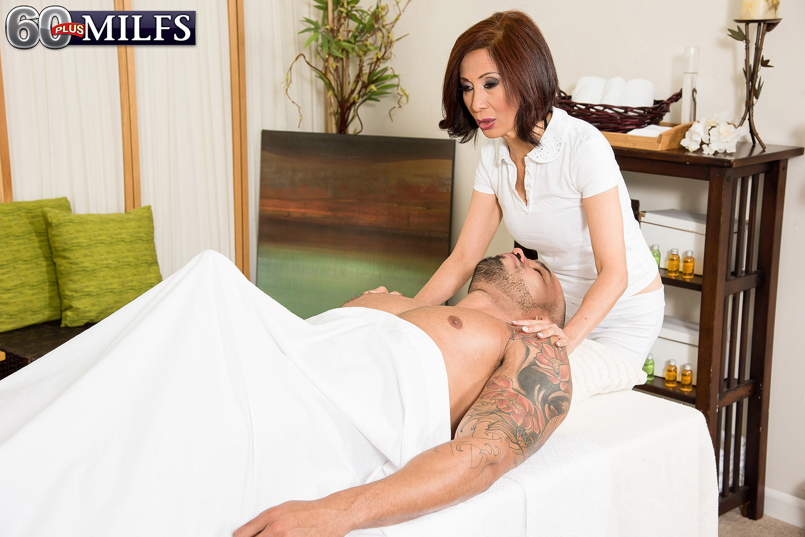 a day in the spa with asian granny masseuse – more then handjob is possible too