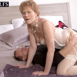kinky granny oral sex #3_thumb