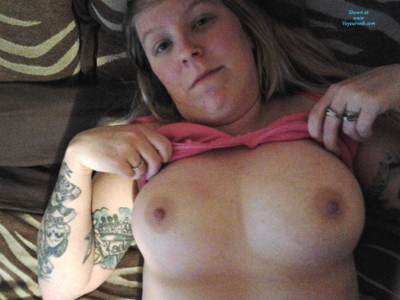 Ugly 56 years old granny with inviting pussy and boobs flashing and encouraging to wank all over her