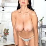 Busty granny pornstar rita daniels #2_thumb