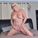 granny masturbating at home #2_thumb