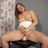 upskirt wank with mature Anna Joy #3_thumb