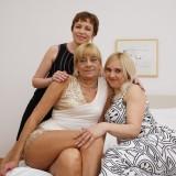 ugly lesbian grannys licking #13_thumb