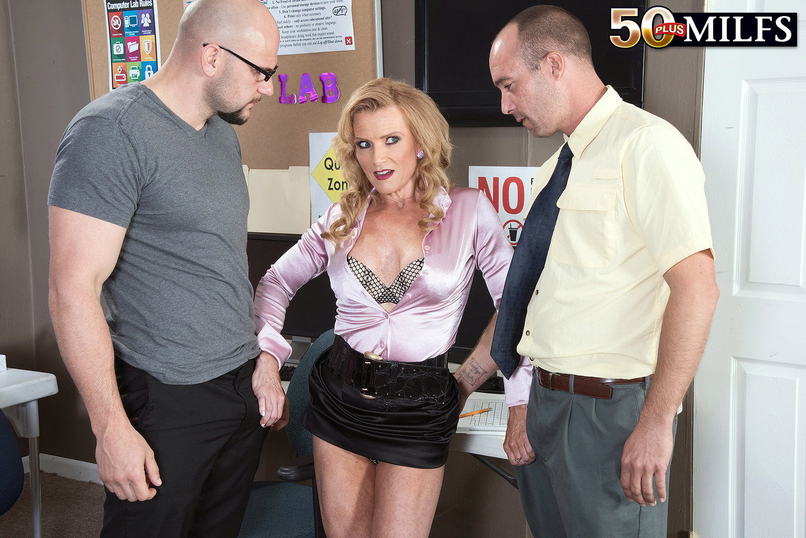 slutty mature secretary armanda sandwiched sexed by two eager nerds
