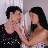 Lesbian grandmother fingerfucking young beauty #15_thumb