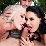 Pornstar granny Rita Daniels jerking off a 28years old guy  #11_thumb