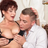 busty cougar Jessica hot gets her old body invaded #14_thumb