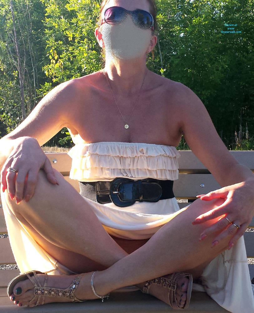 sexy grandma flashing pantyless (anonymous pic posting) #1