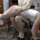 granny spanks her two little daughters before bringing them to bed #6_thumb