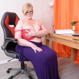 my busty ole office granny feels kinky today – bertha 59 begging for payroll raise #6_thumb