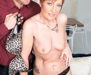 gilf ruby o 'conner now lives the swinger lifestyle with a young admire