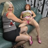 grannys new strapoon just arrived by mailorder – she invited her neighbour to test it out #11_thumb