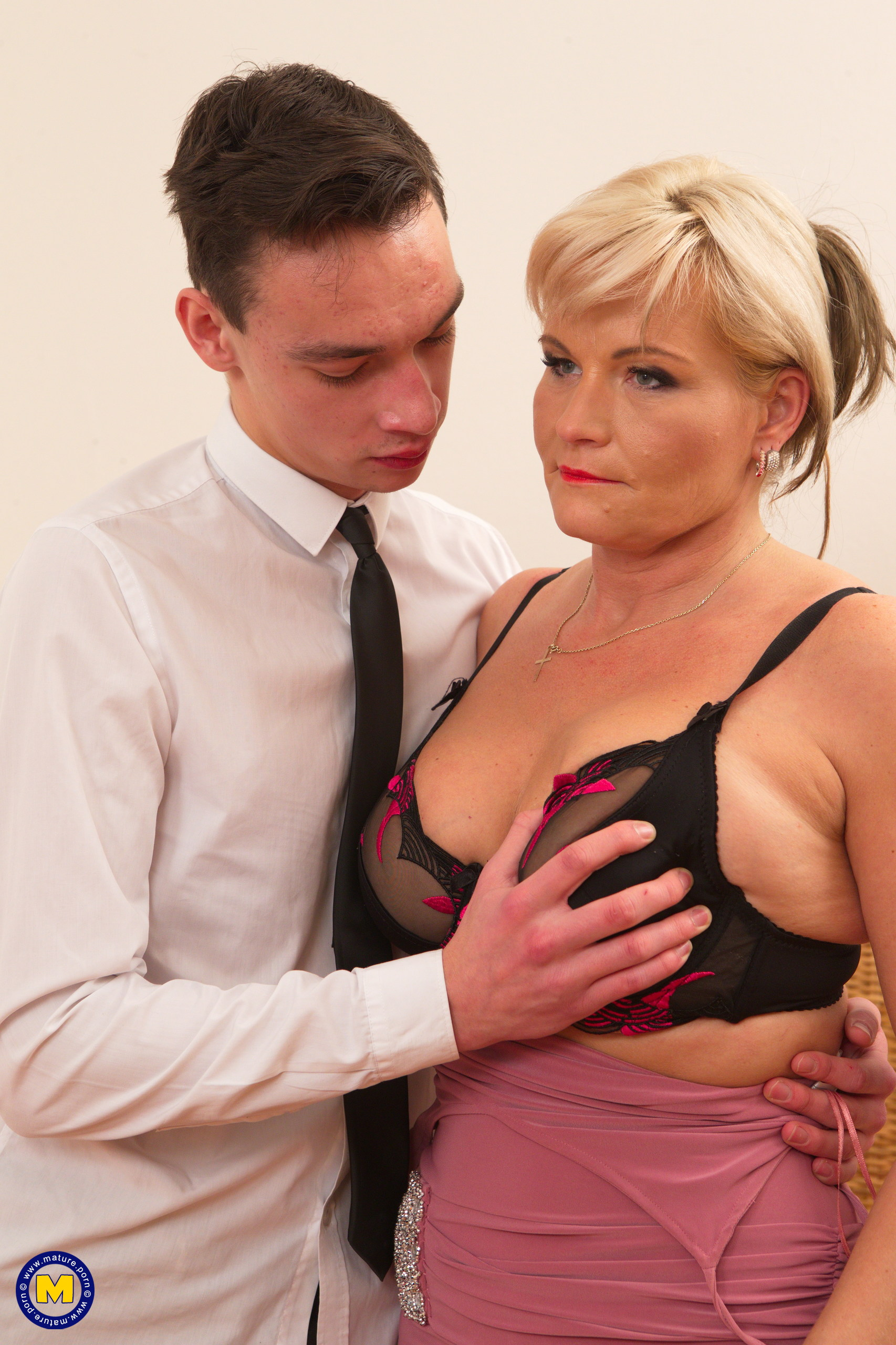 the best free sex training for a young stud by an experienced sexy business granny #1