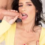 50 Plus MILFs - Keli Richards needs it in her ass - Keli Richards and Tyler Steel (73 Photos) picture 14