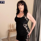 71-year-old Christina fucks a 25-year-old - Christina Starr and Oliver Flynn (84 Photos) - 60 Plus MILFs picture 3
