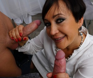 Little unofficial anal gangbang with granny finance director before she retires.