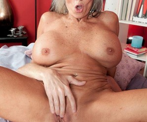 hot titfuck with 69 years old golden ager
