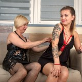 60-year-old woman enjoys facesitting with her young teen girlfriend and takes her breath away. picture 3