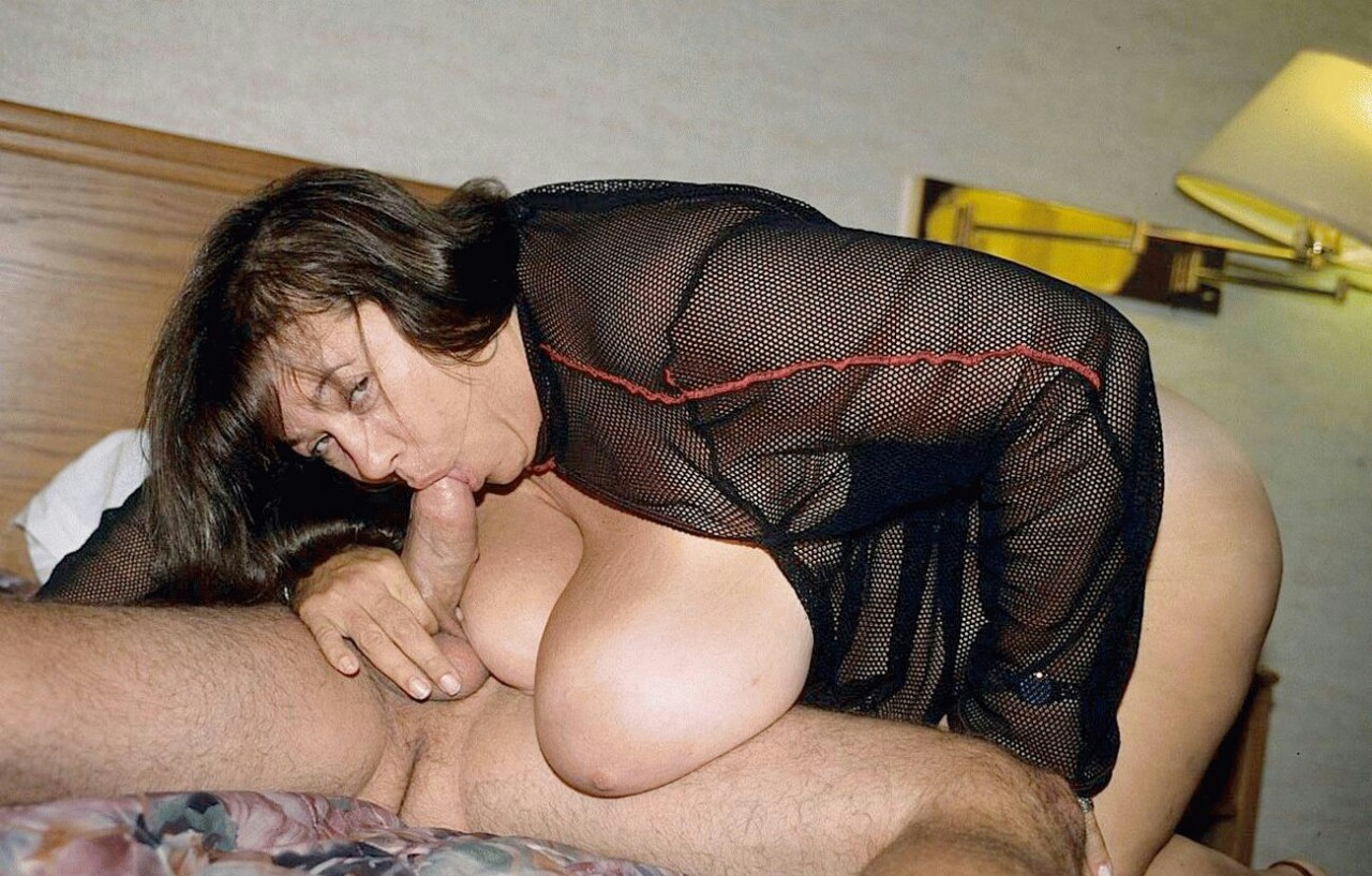Tamara ,a  granny widdow who regulary has daydreams to do romantic Sixty-nine