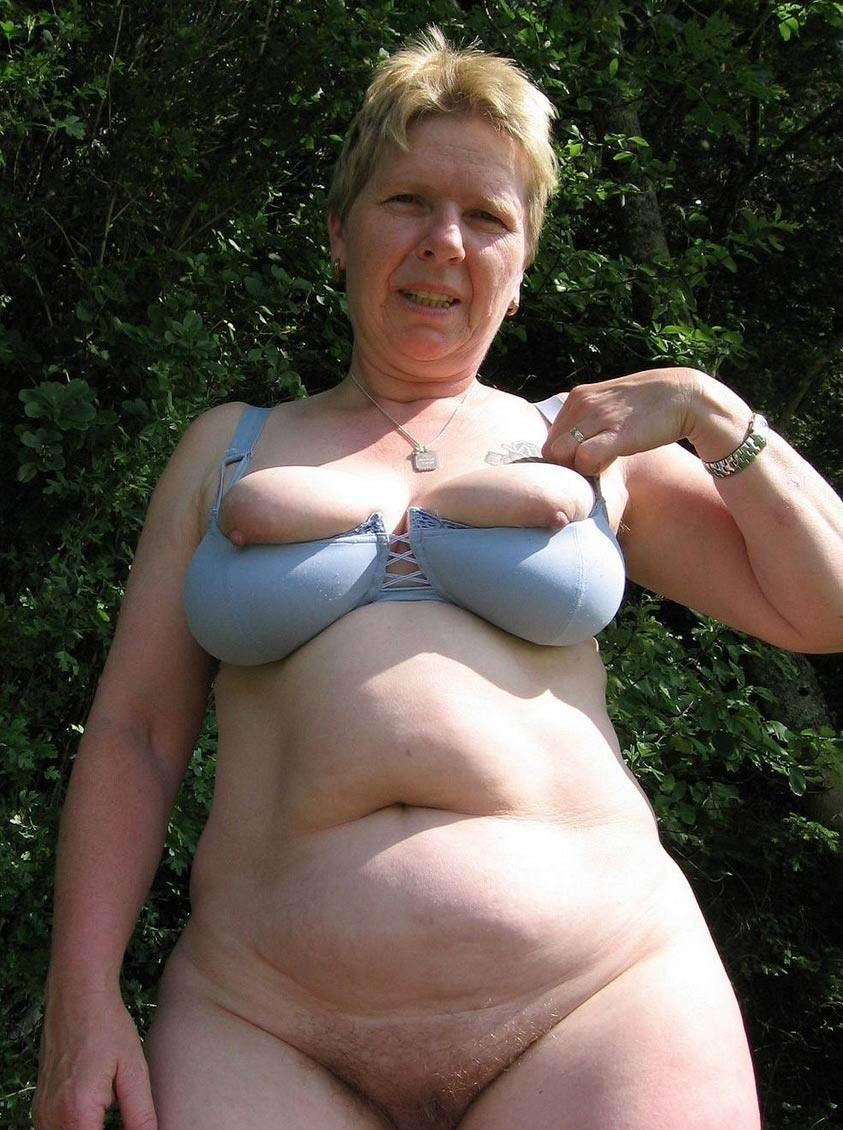 Tanya ,a  beautyful granny who never rejected to do ultimate dirty sex games