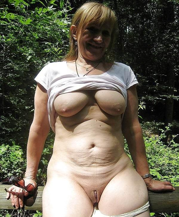 Yesenia ,a  grandmother who wants to take it  very soft in her sweet asshole