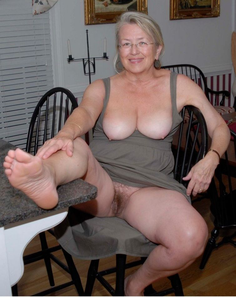Jada ,a  granny mistress who can hardly reject to have very hard cheating sex