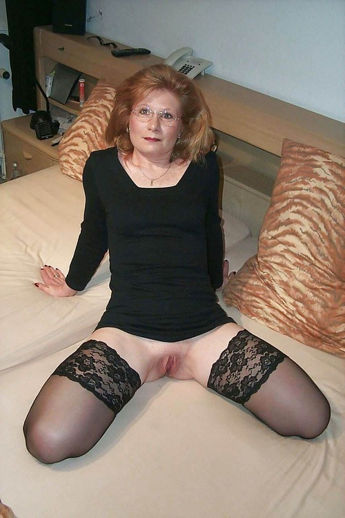 Britney ,a  seductive granny who gladly accepts offers to have devoted tittyfuck