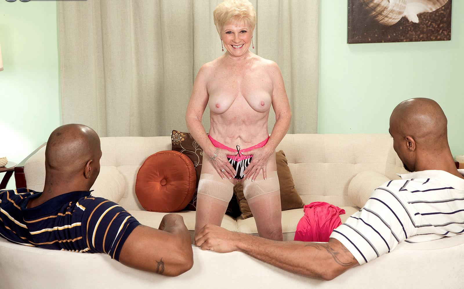 Cassie a kinky granny the older the bolder