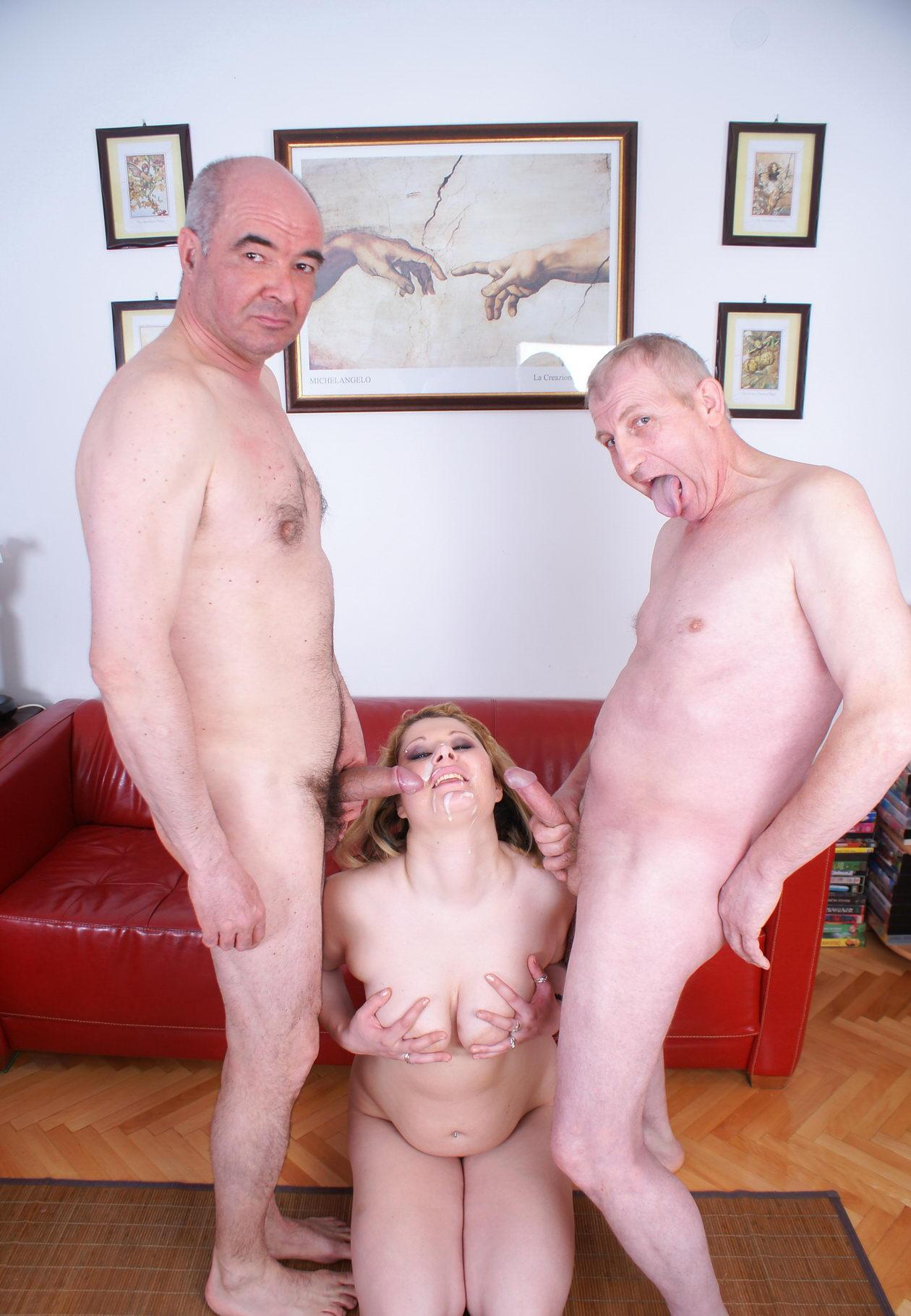 Kristina ,a  sexy granny who is not shy to give very hard Anilingus