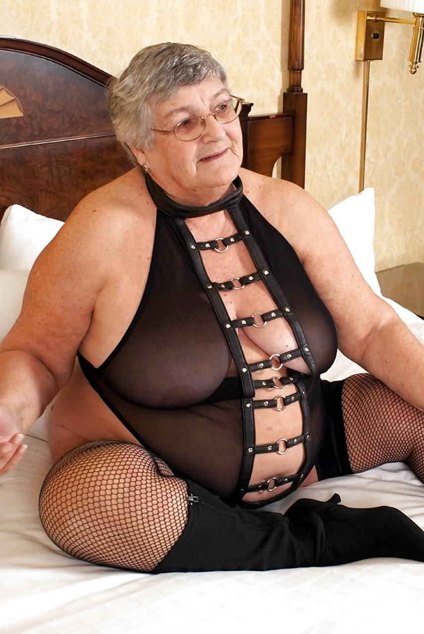 Evelyn a grandmother i love to fuck a fat golden ager in leather dress