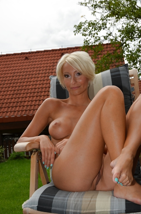undersexed old mature granny likes to give Anilingus