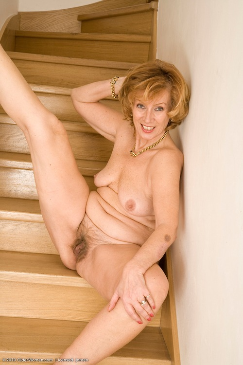 sexy grandmother i love to fuck likes to have anal sex